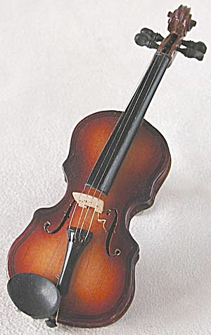 Vintage Wood Violin Decoration (Image1)