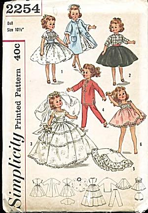 Simplicity #2254 Bride Doll & Wardrobe Pattern (Image1)
