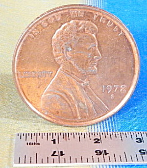 """Vintage 3"""" Penny Novelty (Image1)"""
