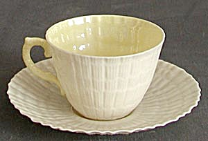 Irish Belleek Tridacna Cup & Saucer (Image1)