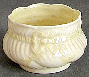 Irish Belleek Ribbon Sugar Bowl (Image1)