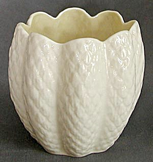 Irish Belleek Limpet Flower Pot (Image1)