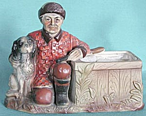 Vintage Hunter and Dog Planter (Image1)