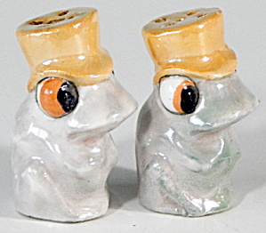 Lusterware Frog Salt And Pepper