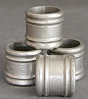 Pewter Napkin Rings Set of 4 (Image1)