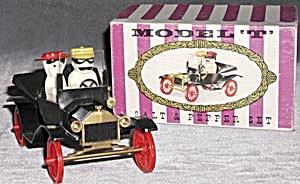 Vintage Plastic Model T Salt &  Pepper Shakers (Image1)