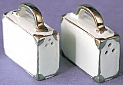Vintage Small Suitcases Salt & Pepper Shakers (Image1)