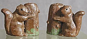 Squirrels: Vintage Salt & Pepper Shakers (Image1)