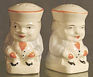 Chubby Colonial Men: China, Salt & Peppers (Image1)