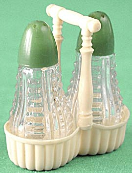 Vintage Green Top Glass Shakers in Basket (Image1)