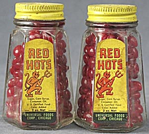 Vintage Red Hots Devil Salt & Pepper Shakers (Image1)