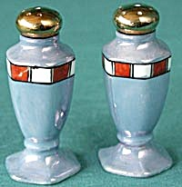 Vintage Luster Salt & Pepper Shakers (Image1)