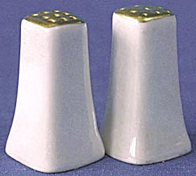 Pearlescent Luster Salt & Pepper Shakers (Image1)