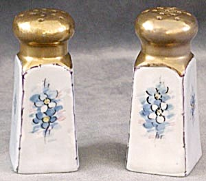 Vintage Hand Painted Forget Me Not Salt/Pepper Shakers (Image1)