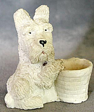 Vintage Scottie or Westie with Basket Figurine (Image1)