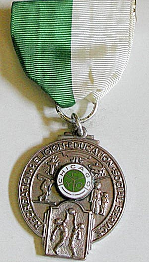 Vintage Chicago C Y O Sports Medal (Image1)