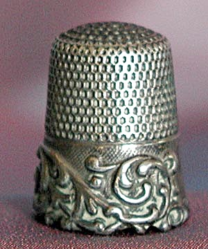 Vintage Sterling Thimble: Heavily Embossed