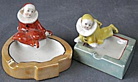 Vintage Luster Figural Clown Pierrot Ashtrays Set of 2 (Image1)