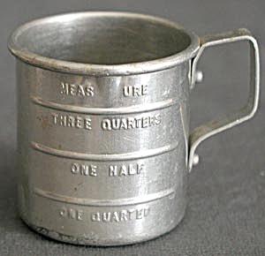 Vintage Miniature Aluminum Measuring Cup (Image1)