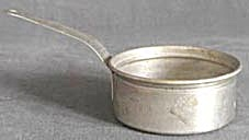 Vintage Child Aluminum Toy Pot (Image1)