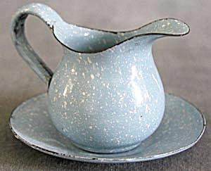 Vintage Enamelware Pitcher & Plate (Image1)