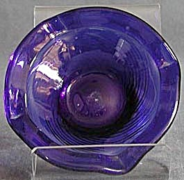 Vintage Cobalt Blue Glass Ashtray (Image1)