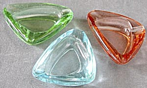 Vintage Triangle Color Glass Ashtrays Set Of 3