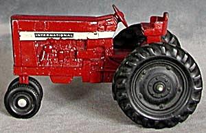 """Vintage 5 1/2""""  Red Metal Ertl Tractor (Image1)"""