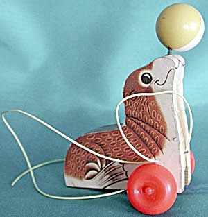 Vintage Fisher Price Seal Pull Toy (Image1)