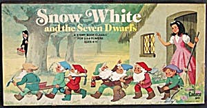 Vintage Snow White and the Seven Dwarfs Board Game (Image1)