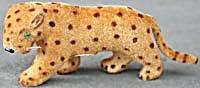 Wagner Kunstlerschutz Standing Flocked Leopard (Image1)