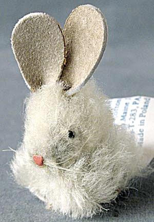 Vintage Cotton Felt Bunny (Image1)
