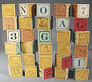 Vintage Child's Wooden Blocks Set of 30 (Image1)