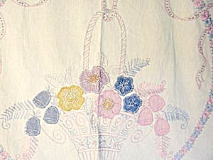 Vintage Appliqued And Embroidered Flower Bed Spread