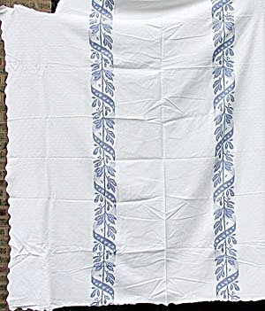 1920'S Heavy Cotton Blue and White Bedspread (Image1)