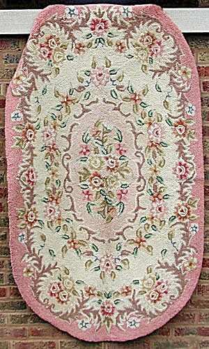 Vintage Pink With Multicolored Flowers Oval Hooked Rug