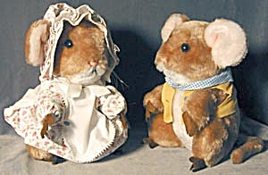 Vintage Merry Mouse Couple