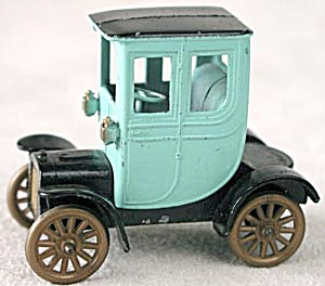 Tootsie Toy Classic  Series 1906 Cadillac (Image1)
