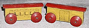 Vintage Wooden Train Cars Set of 2 (Image1)
