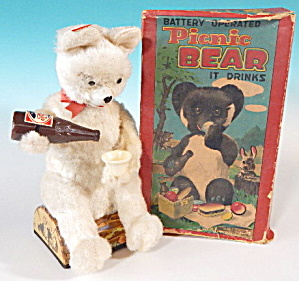 Vintage Battery White Picnic Bear