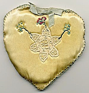 Vintage Hand Embroidered Silk Heart Sachet (Image1)