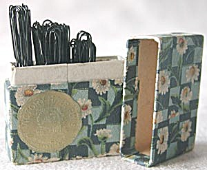 Vintage Victory Hair Pins Floral Box