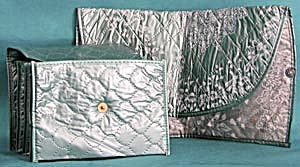 Vintage Silvery Turqouise Quilted Plastics Travel Bags (Image1)