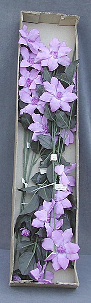 Silk Flowers Lavender (Image1)
