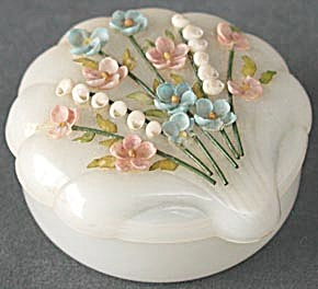 Vintage Shell Box (Image1)