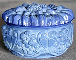 Vintage Blue Akro Agate Flower Powder Box (Image1)