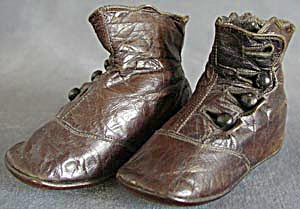 Victorian Brown High Button Baby Shoes (Image1)