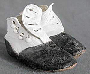 Victorian Leather Hightop Black & White Baby Shoes (Image1)