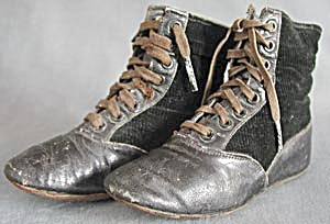 Victorian Black Leather & Corduroy Lace-up Baby Boots (Image1)
