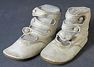 Antique 3 Strap Leather Baby Shoes (Image1)
